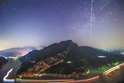 赢咖3官网:中国空间站在头顶掠过如何用镜头永远留下它的倩影(图2)
